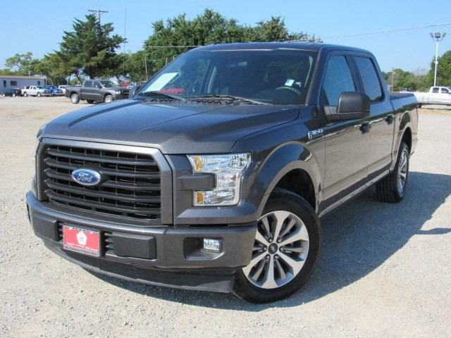 Pre-Owned 2017 Ford F-150 XL
