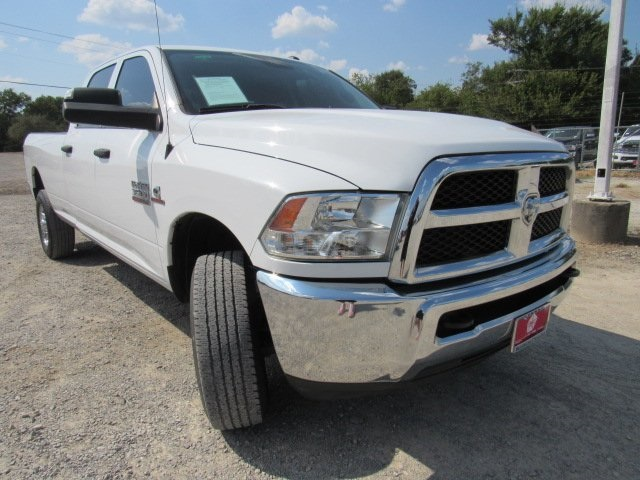 2017 Dodge Ram >> Pre Owned 2017 Dodge Ram 3500 Tradesman 4wd 4d Crew Cab